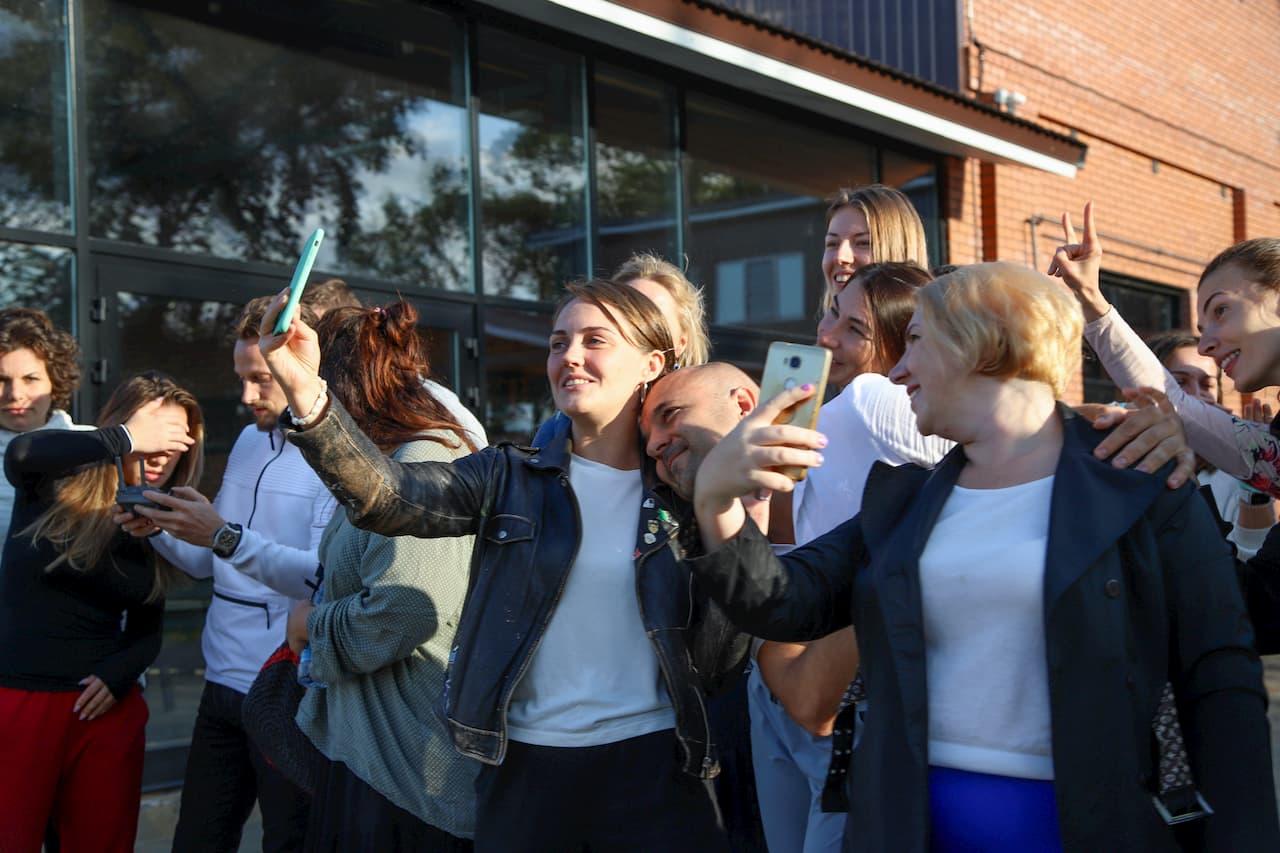 Участники фотографируются после завершения «Супервизии»
